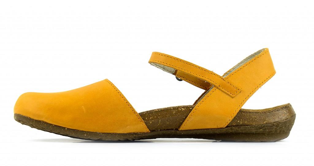 N412 El Naturalista wakataua carrot - women's sandals
