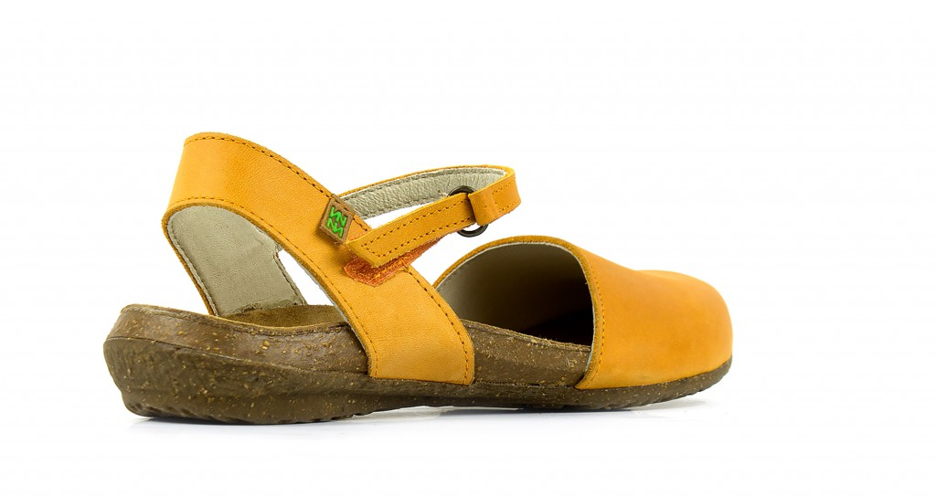 N412 El Naturalista wakataua carrot - women's sandals