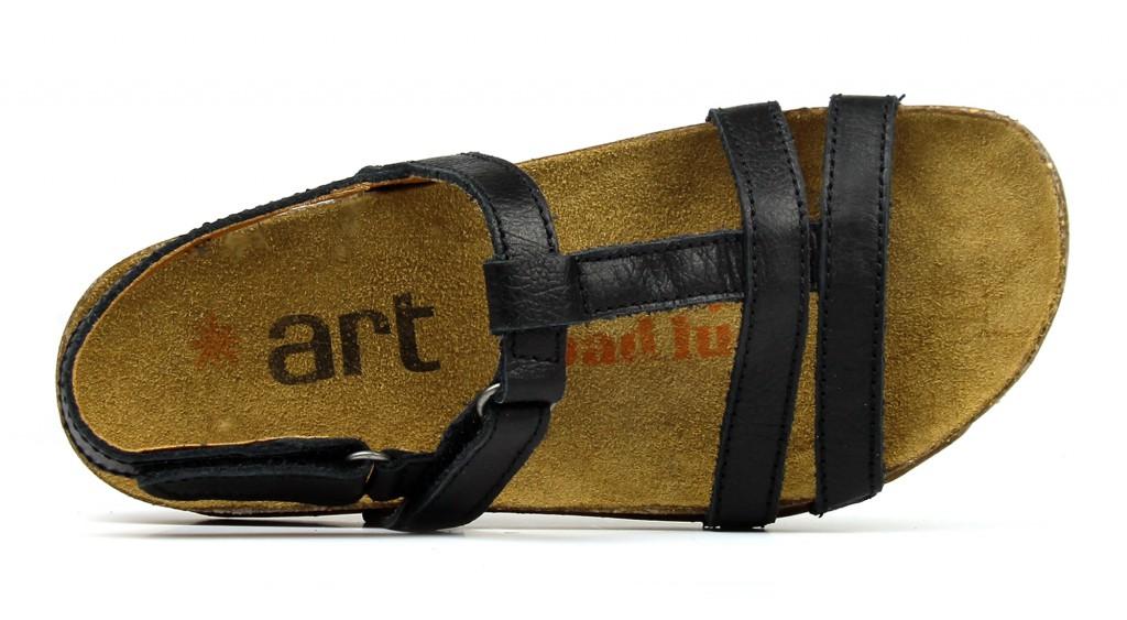 0946 ART I Breathe black