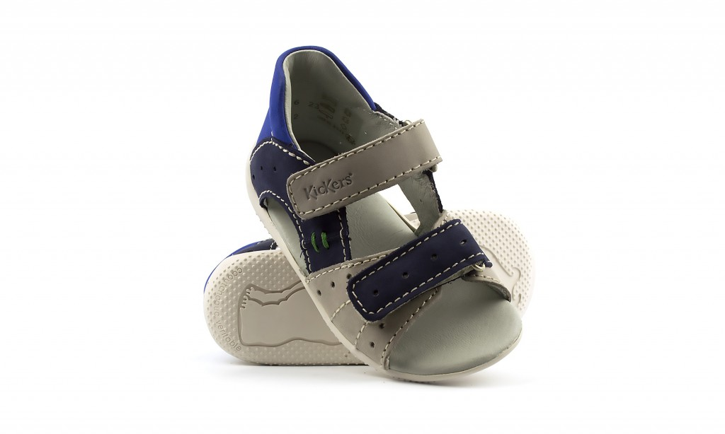 Nahast laste sandaalid Kickers